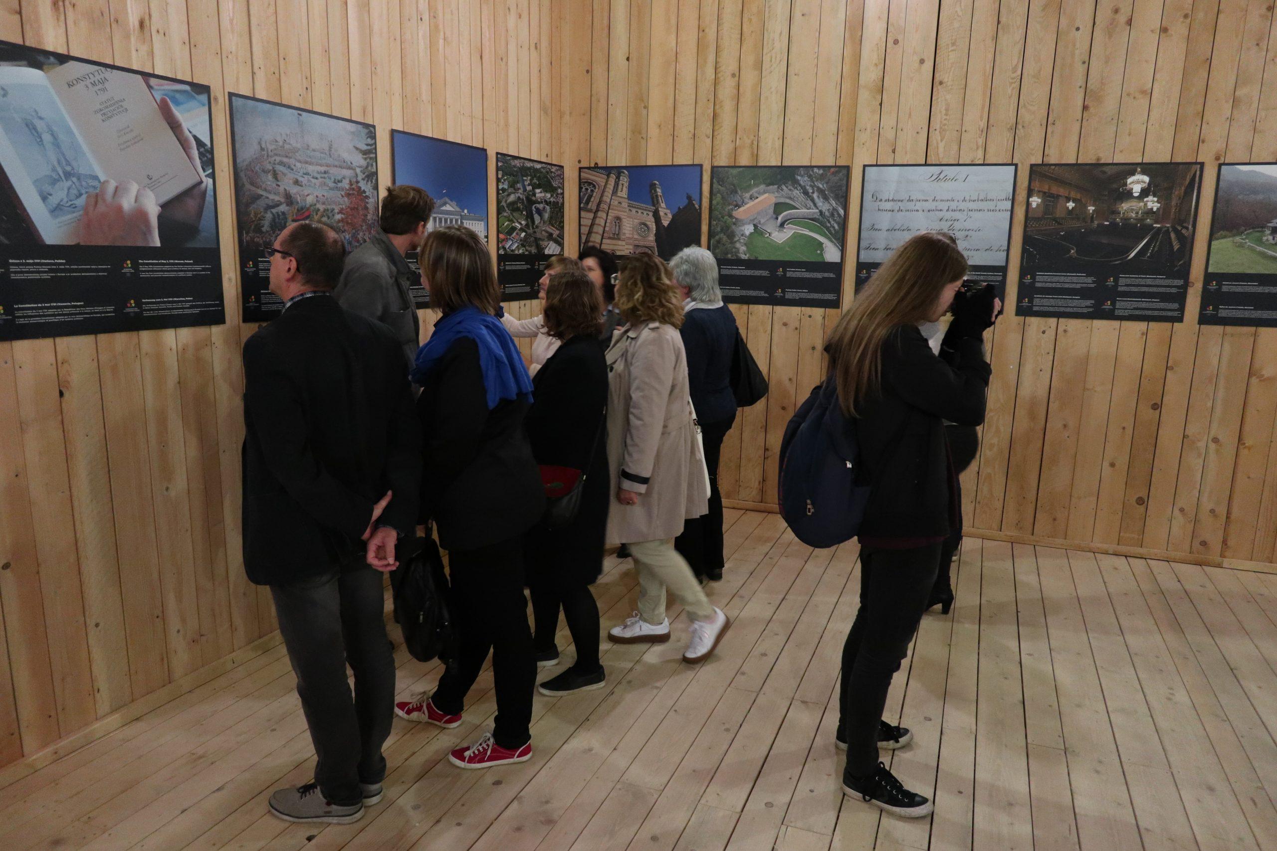 Výstava (3)